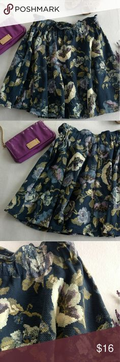 Lauren Conrad Floral Skirt 2 for 20$ EUC Lauren Conrad navy floral elastic waist skirt. Soft, comfy, and pretty  Bundle 2 items for 20$!!! Lauren Conrad Skirts A-Line or Full