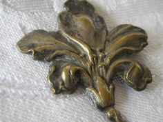 Large Antique Realistic Metal Flower BUTTON by abandc on Etsy