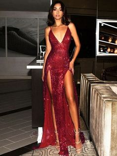 Boho Prom Dresses, 2020 Glamorous Burgundy Sequins Sheath/Column V Neck Backless Sleeveless Double Split-Front Prom Dresses, you be the star of your own prom by offering you hundreds of options for your perfect 2020 prom dress! Dark Green Prom Dresses, Sexy Formal Dresses, Tight Prom Dresses, Unique Prom Dresses, Backless Prom Dresses, Ball Dresses, Elegant Dresses, Pretty Dresses, Oscar Dresses