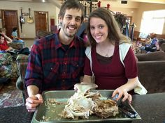 Check out these pictures from the Duggars' Christmas Day gathering. Derick and Jill Dillard The Dillards carve the Christmas t. Christmas Turkey, Christmas 2014, Duggar Family Blog, The Dillards, Derick Dillard, Jill Duggar, Jeremy Vuolo, Dugger Family, Happy New Year 2015