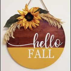 Wooden Door Signs, Diy Wood Signs, Fall Wood Signs, Thanksgiving Crafts, Fall Crafts, Fall Halloween, Halloween Crafts, Circle Crafts, Wood Wreath