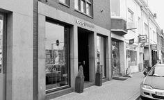 Voorkant winkel van Oogwereld Ritchi in Maastricht.