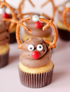 Reindeer Cupcakes by Confessions of a Cookbook Queen