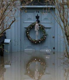 Wielka Brytania: trwa najgorsza powódź od 2007 roku. Zaatakował kolejny sztorm - http://tvnmeteo.tvn24.pl/informacje-pogoda/swiat,27/wielka-brytania-trwa-najgorsza-powodz-od-2007-roku-zaatakowal-kolejny-sztorm,189631,1,0.html