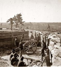 Atlanta, Georgia Federal soldiers by gun in captured fort