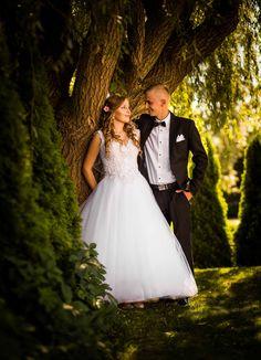 ŚLUBNE Mermaid Wedding, Wedding Dresses, Photoshoot Ideas, Fashion, Bride Dresses, Moda, Bridal Gowns, Fashion Styles