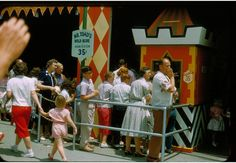 Mr. Toad's Wild Ride line and ticket booth - 1956