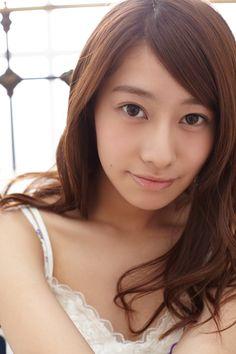 日々是遊楽 — akb48wallpapers: Yumi Wakatsuki & Reika...