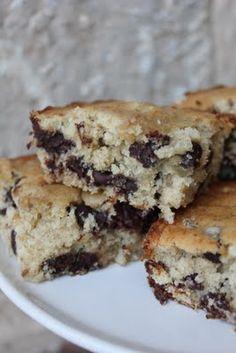 Chocolate Chip Bannana Cake
