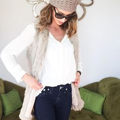 #outfit du jour somehow sounds better than today's outfit #ootd #fotd #lotd #outfitpost #outfitinspiration #todaysoutfit #fashion #fashionista #trendy #fashionblogger #fashiondiaries #streetstyle #style #styleblogger #fashionable #mylife #fashionaddict #fashiongram #fblogger #beauty #beautyblogger #bloggerstyle #bloggerlife #blogger #instafashion #instastyle #instabeauty #today