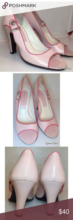 Marc Jacobs Light Pink Peep Toe Heels Size 5 light Pink Peep toe heels by Marc Jacobs in excellent condition. Marc Jacobs Shoes Heels