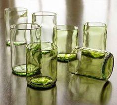 cortando botellas de vidrio ... nuevos vasos! :)