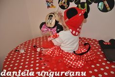minnie mouse party Minnie Mouse Party, Mouse Parties, Indoor Activities For Toddlers, Disney Characters, Fictional Characters, Disney Princess, Fantasy Characters, Disney Princesses