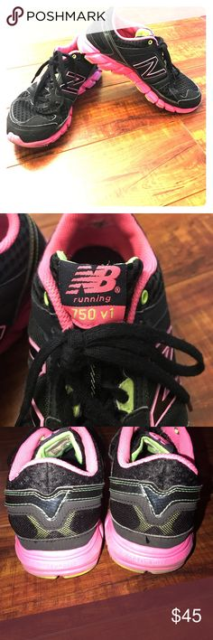 Nike Running 750 v1 2nd hand. Great Condition. Black/Pink size 8. Been washed in the washer/dryer. Nike Shoes Sneakers