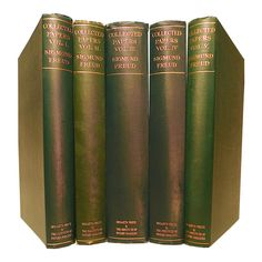 In these mid century decorative books, a series of Freud's Collected Papers is presented, constitute the real basis of Psycho-Analysis, a tran. Apa Paper Example, Sigmund Freud, Books, Professor, German, Author, Collection, Products, Teacher