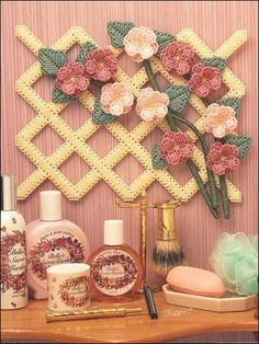 Plastic Canvas Flowered Lattice wall hanging free pattern