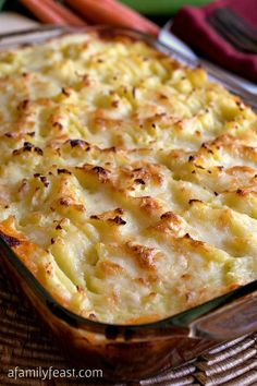 Cheddar Topped Shepherd's Pie - Hearty, meat filling with cheddar mashed potato topping. Super delicious! This recipe is a family favorite!