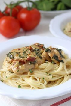 Super Ideas For Pasta Recepten Kip Pasta Carbonara, Healthy Pasta Recipes, Beignets, Pizza, Italian Recipes, Food Inspiration, Dinner Recipes, Food And Drink, Cooking