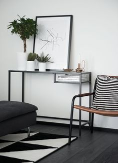 Mostly IKEA. Young couple has built a small house and used much of IKEA furniture. Plant love IKEA Kitchen -end- Home Interior, Scandinavian Interior, Monochrome Interior, Living Room Decor, Living Spaces, White Console Table, Ikea Rug, Ikea Bedroom, Ikea Furniture