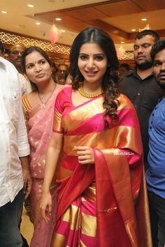 Samantha Ruth Prabhu in Saree At JC Brothers Shopping Mall Launch (9)