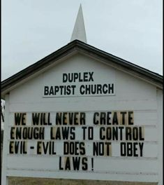 This is true ,it may be on a church sign but the truth is the truth Church Sign Sayings, Church Signs, Sign Quotes, Faith Quotes, Wisdom Sayings, Great Quotes, Inspirational Quotes, Motivational, God Bless America