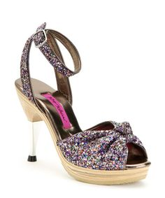 I keep posting sparkly shoes. But, they're so wonderful!