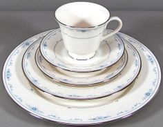 Lenox Fine China Carolina Pattern 5 Piece Place Setting Flower Plates Cup Saucer