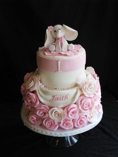 Baby Cake for a little girl with a pink baby elephant on it Elephant Birthday Cakes, Elephant Cakes, 1st Birthday Cakes, Baby Elephant, Fondant Elephant, Baby Birthday, Giraffe, Birthday Ideas, Pretty Cakes
