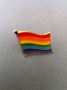 RAINBOW FLAG PIN BADGE