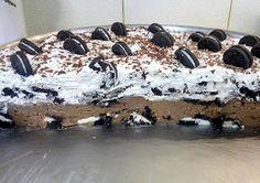 ΜΑΓΕΙΡΙΚΗ ΚΑΙ ΣΥΝΤΑΓΕΣ: Oreo (pudding) τούρτα, που ξετρελαίνει μεγάλα και μικρά παιδιά!!! Oreo Pudding, The Kitchen Food Network, Greek Sweets, Oreo Cookies, Food Network Recipes, Cake Recipes, Cheesecake, Deserts, Food And Drink