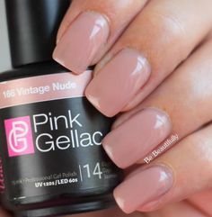 shared Lonneke Rempt's photo De nieuwe Uncovered1 The Pink Gellac Nude Collection. Dit is nr. 166 Vintage Nude  ...