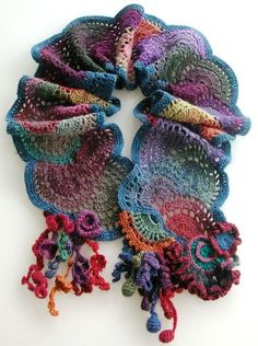 crochet idea - freeform crochet tutorials on ravelry.com at Sophie GELFI Designs