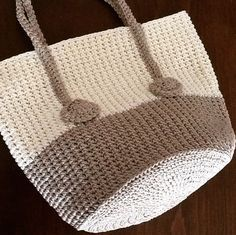 Crochet Purses, Knitted Bags, Crochet Fashion, Textiles, Purses And Bags, Reusable Tote Bags, Basket, Handbags, Jewels