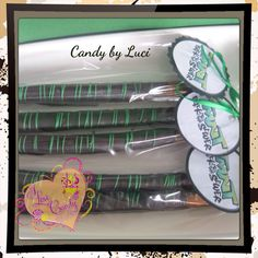 #oreos #chocolate #pretzels #candybyluci I love candy by Luci ** choco dipped pretzels and oreos**  www.ilovecandybyluci.blogspot.com