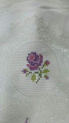 This post was discovered by Hü Small Cross Stitch, Cross Stitch Cards, Cross Stitch Rose, Cross Stitch Samplers, Cross Stitch Flowers, Cross Stitching, Cross Stitch Embroidery, Modern Cross Stitch Patterns, Cross Stitch Designs