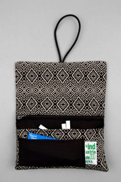 Rolling tobacco/cannabis pouch fabric Africa by LaIndustria on Etsy. Roll some bud from Grow Shop, Textiles, Pouch, Etsy, Couture, Stitch, Sewing, Crochet, Fabric