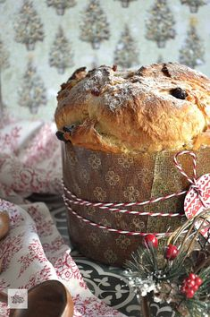 Panettone is an Italian type of sweet bread loaf originally from Milan, usually prepared and enjoyed for Christmas and New Year in Western, Southern, and Southeastern Europe Christmas Bread, Christmas Love, Christmas Desserts, Christmas Bells, Italian Thanksgiving, Quick Bread, Sweet Bread, No Bake Cake, Food Network Recipes