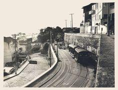 Obras nos trilhos do bonde de Santa Teresa no Rio de Janeiro (1961). Foto do Arquivo Nacional. Rio em movimento