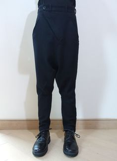 80c619d2fc5 Black Model is 175cm and he is wearing SIZE 00 SIZE SPEC (CM)