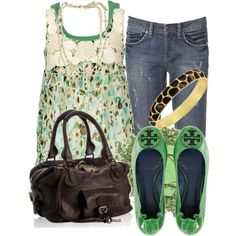 love the green!!! that is the cutest top ever!