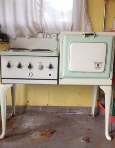 Antique Electric Stove, 1920'S