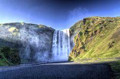 skogafoss_waterfall_-_benfff85_-_5886926366.jpg (1024×678)