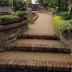 Steps & pathway with bricks and resin bound gravel Resin Driveway, Driveway Paving, Gravel Patio, Garden Paving, Driveway Landscaping, Concrete Driveways, Garden Steps, Driveway Gate, Backyard Patio