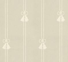 Tapet - Snoddar & Tofsar grågrön/vit från Lim & Handtryck. Vacker, gammaldags tapet efter förlaga från sent 1800-tal. Välkommen in till Sekelskifte & våra klassiska tapeter!