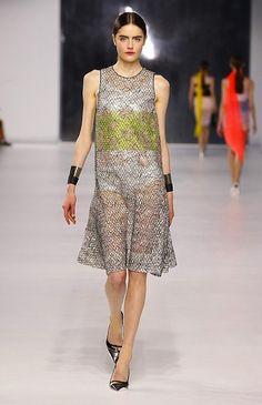 Dior resort 2014 http://fashiondailymag.com/striking-silhouettes-at-dior-resort-2014/ #teamfwp #fwpress
