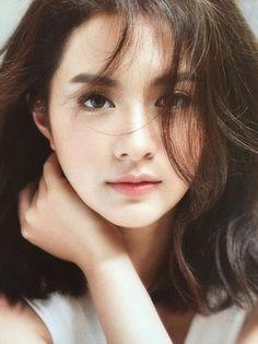 A very pretty Asian star to adore, Mew Nittha. Most Beautiful Faces, Beautiful Asian Women, Girl Face, Woman Face, Korean Beauty, Asian Beauty, Make Up Studio, Asian Eyes, Pretty Asian