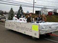 "Picture Christmas Parade Float | ... float, ""A Winter Wonderland."" ColumbiaMagazine.com Group at Flickr.com"