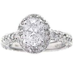 Absolutely STUNNING vintage engagement ring!!! I want!!!