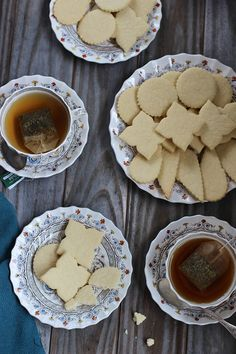 These are thee best Shortbread Cookies and they are buttery, flakey and mouth-watering good! I enjoy them with a nice cup of tea or coffee. Best Shortbread Cookie Recipe, Shortbread Recipes, Cookie Recipes, Dessert Recipes, Homemade Shortbread, Cookie Ideas, Cali, Good Food, Yummy Food