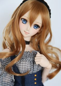 Dollfie Dreams doll